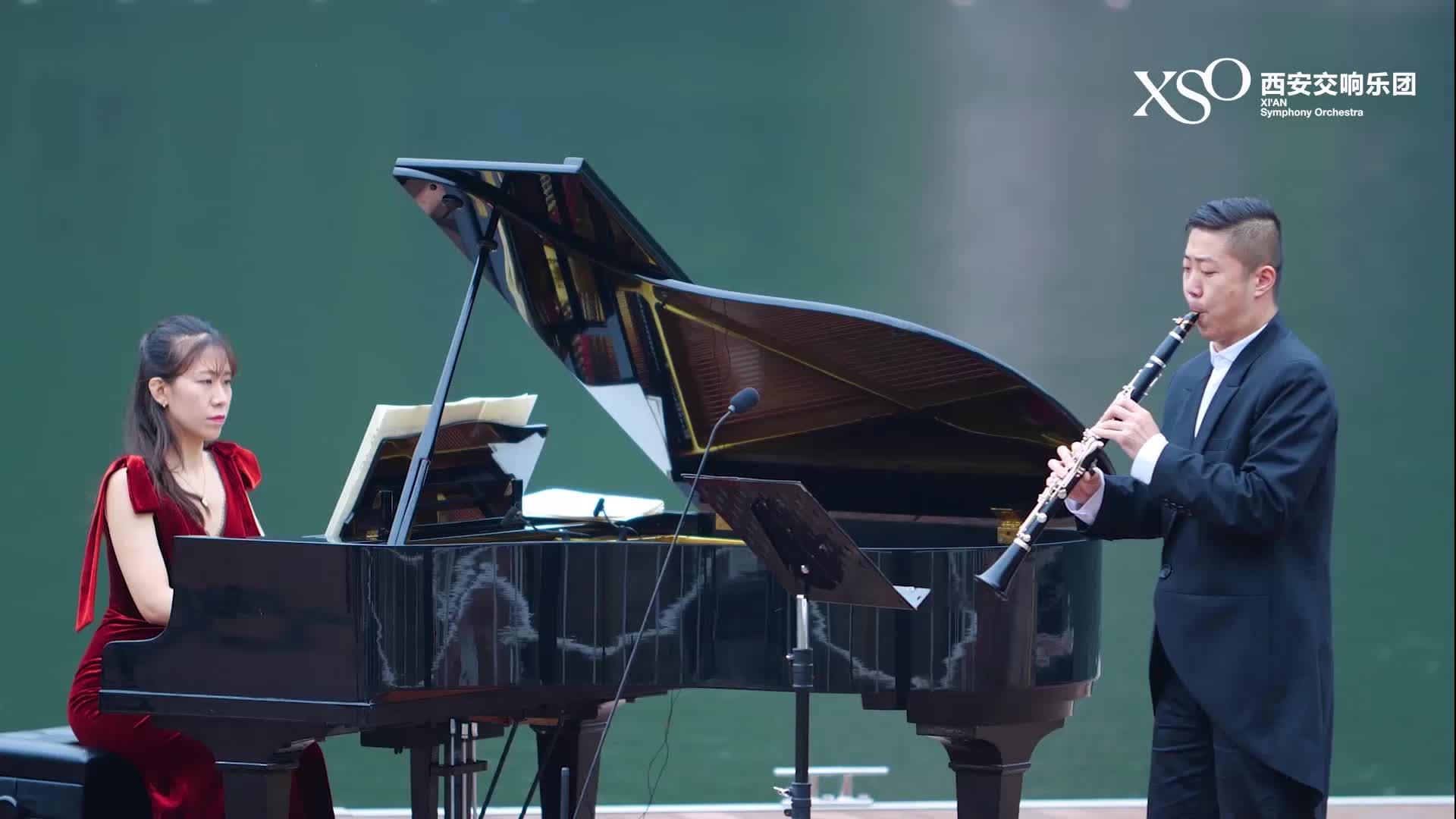 翠华山行音乐会——《维多利亚式花园》组曲(选段)1.前奏曲