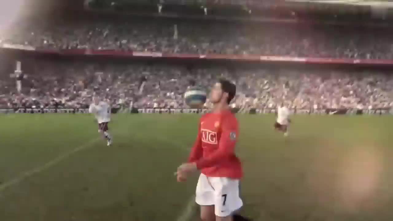 第一人称带你去足球场体验和巨星的碰撞,刷新三观的足球励志视频