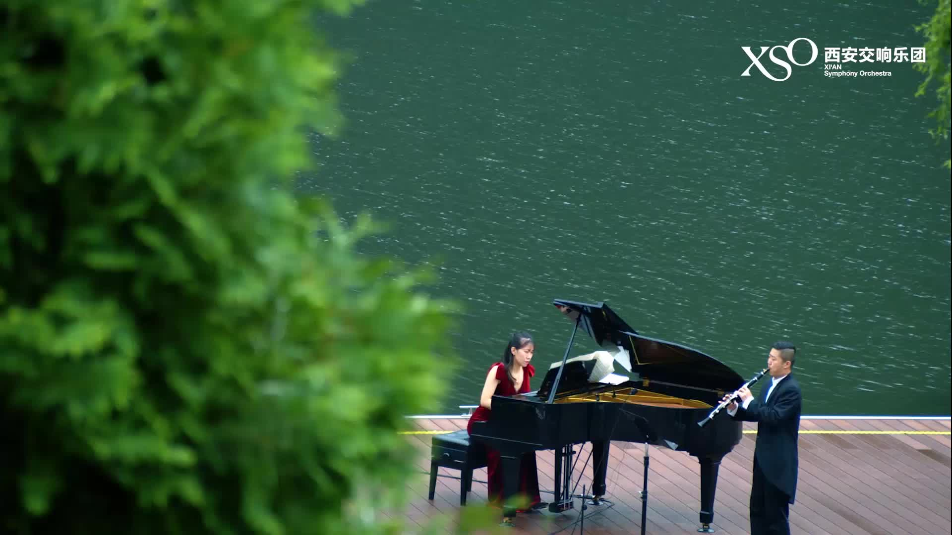 翠华山行音乐会——《维多利亚式花园》组曲(选段)5.夏天