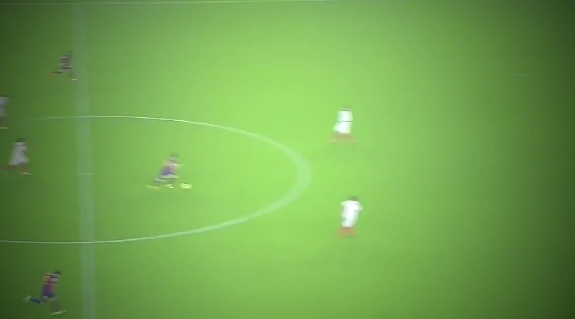 看看梅西的这些进球就知道,除了传控巴萨的快速反击同样致命