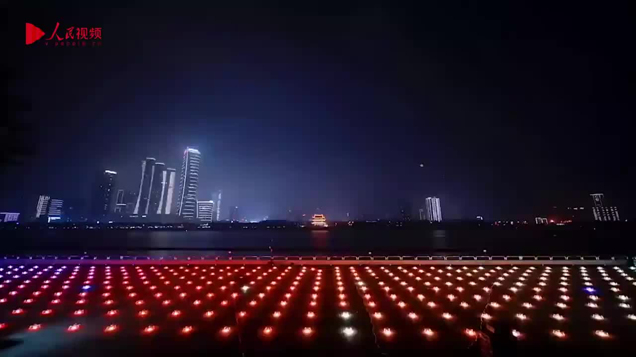 长沙橘子洲的浪漫无天际:橘子洲无人机灯光秀精美绝伦