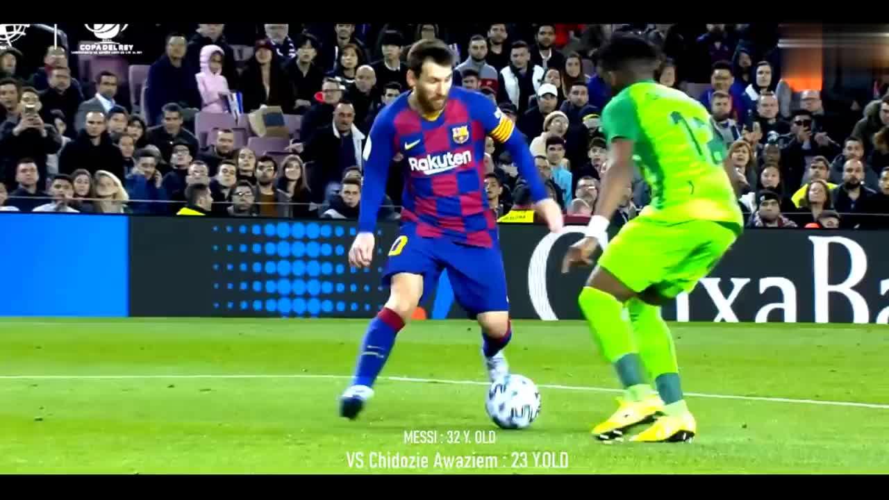 画面太美球王梅西面对年轻球员,分分钟教他做人
